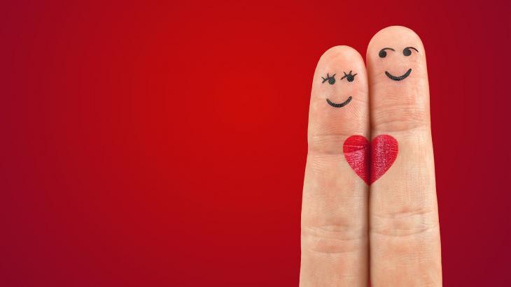 Two fingers looking like lovers
